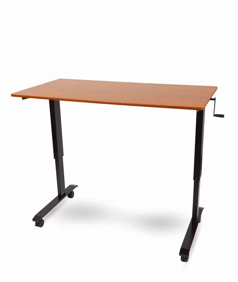 Crank adjustable height standing desk