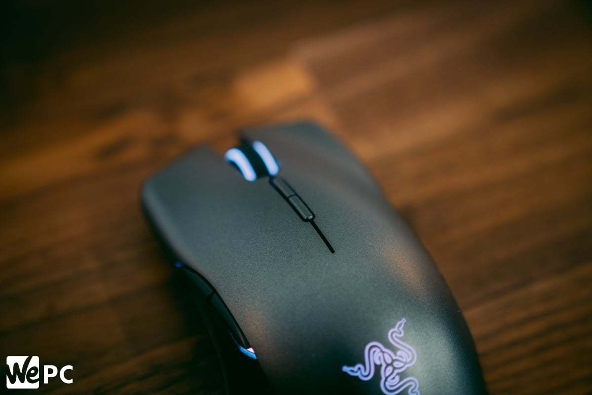 Razer Lancehead product shot of top buttons