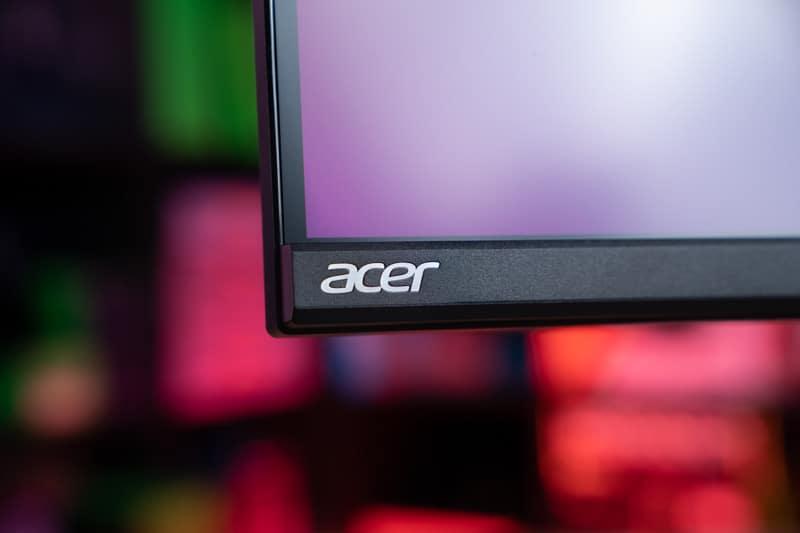 Acer XV282K 9